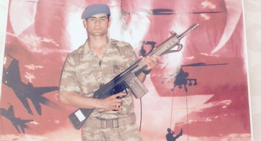 Serter Tas, soldado turco sequestrado pelo Estado Islâmico