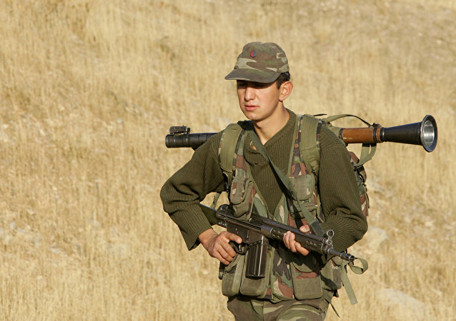 Soldado turco na fronteira entre Turquia e Iraque. Foto de arquivo