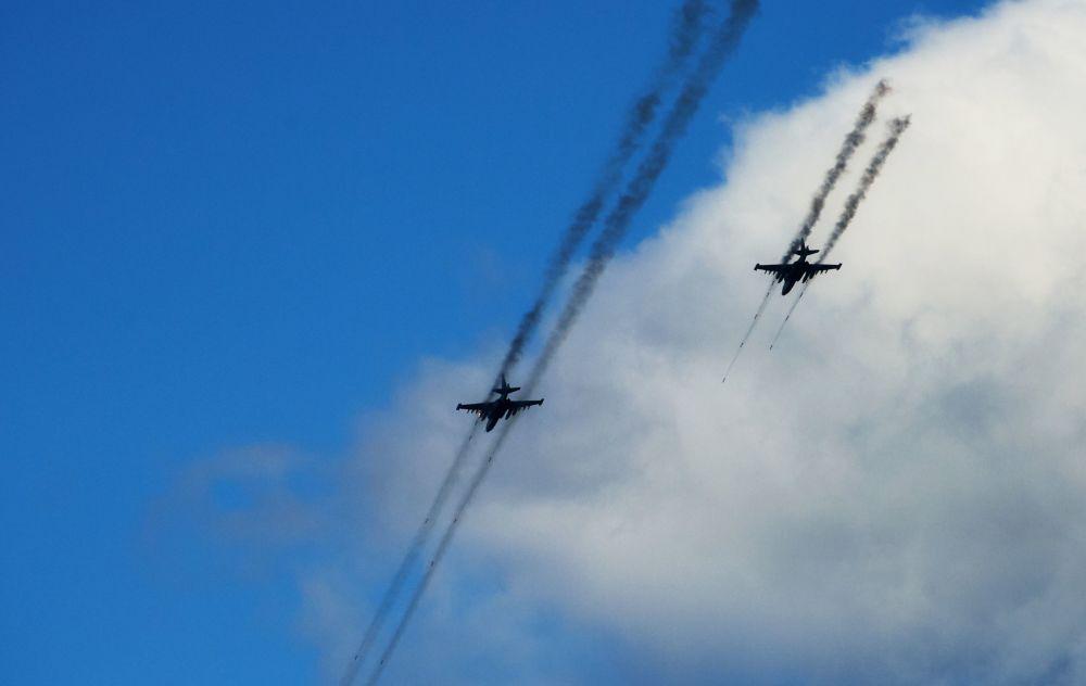 Aviões Su-25 das Forças Armadas bielorrussas