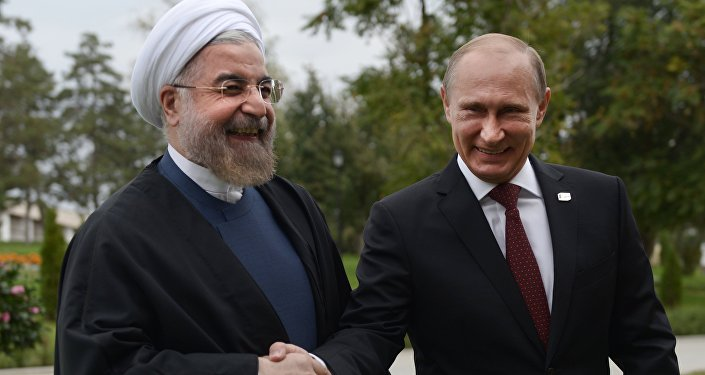 Presidentes do Irã e da Rússia Hassan Rouhani e Vladimir Putin