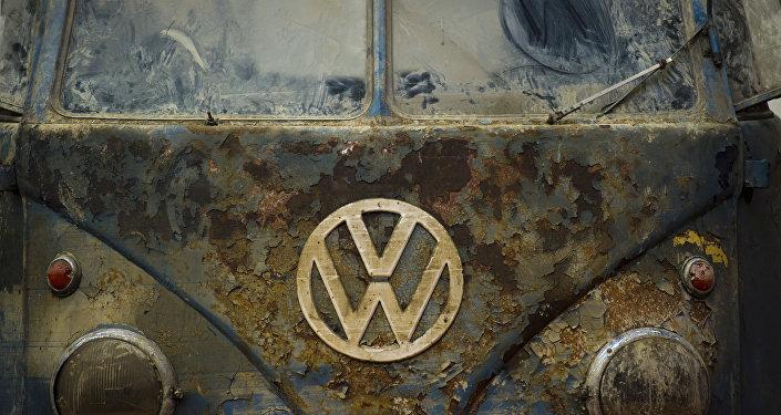 Uma velha van da Volkswagen