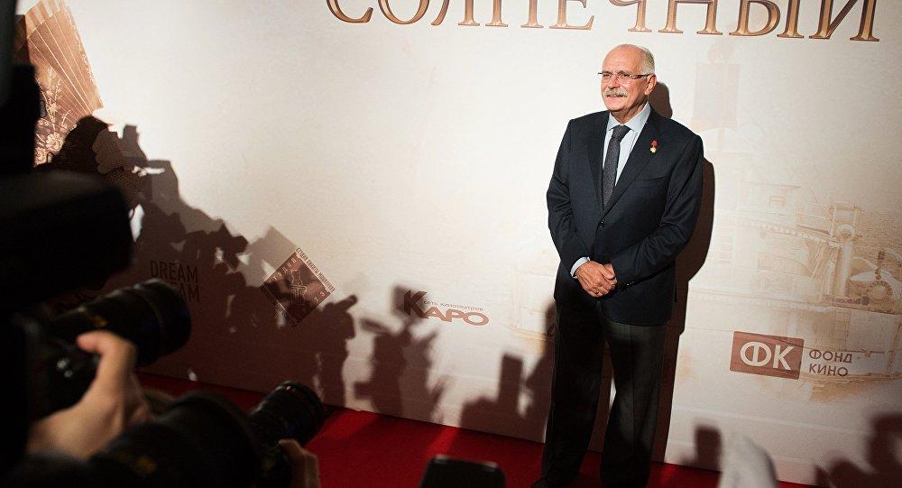 Nikita Mikhalkov durante estreia de seu novo filme Insolação