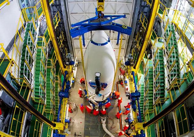 Preparação do lançamento do veículo espacial IXV em 74 segundos