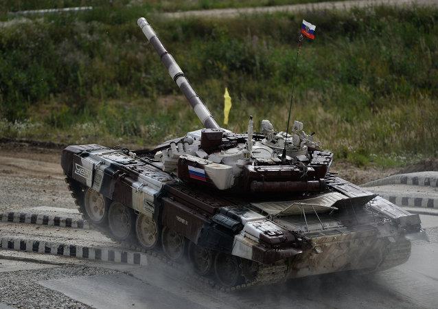 T-72 durante o Biatlon de Tanques.