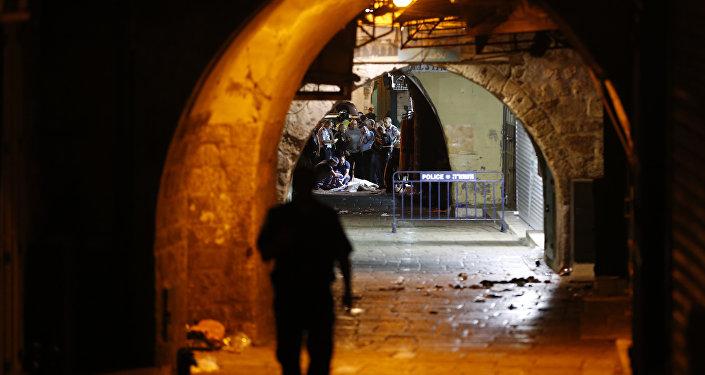 Polícia cerca corpo de suposto terrorista palestino após ataque em Jerusalém
