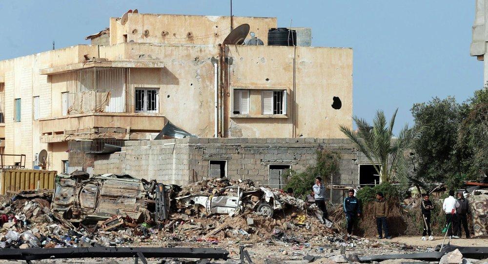 Áreas destruídas durante conflito contra o EI na Líbia