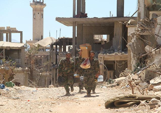 Exército sírio na cidade de Zabadani