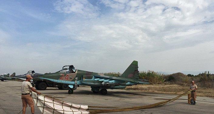 Su-25 russo prepara-se para o voo