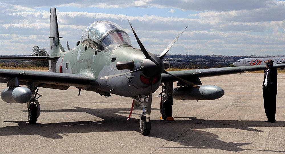 Avião de combate EMB-314 Super Tucano