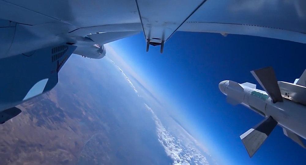 Voo da aviação russa na Síria