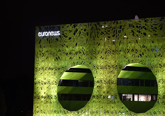 O edifício novo da sede de Euronews na cidade de Lyon, França