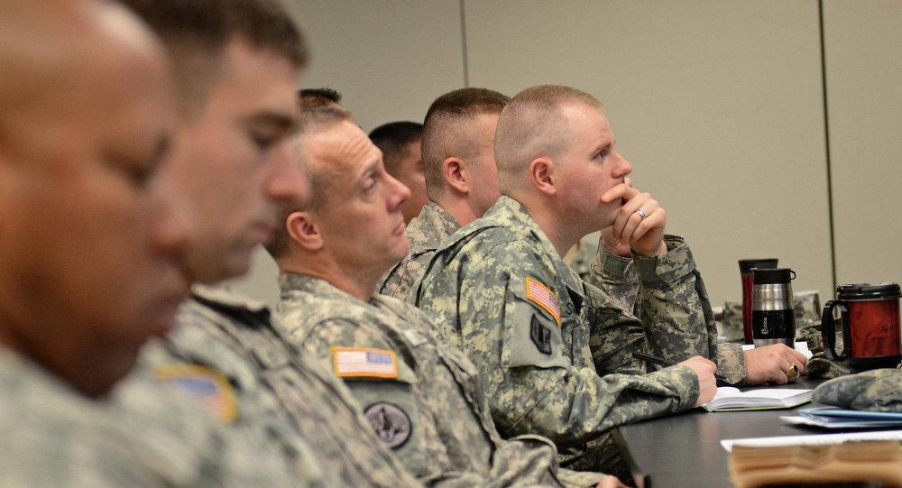 Militares dos EUA aprendem sobre a Justiça Militar