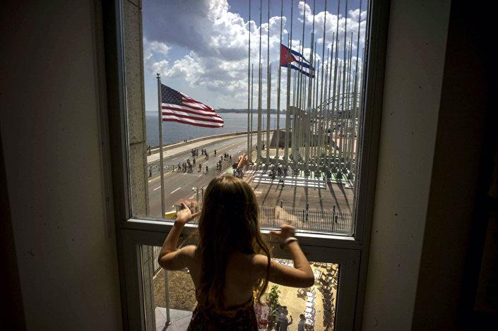 Bandeiras dos EUA e Cuba
