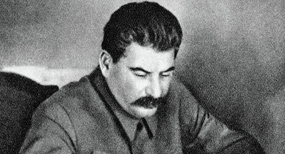 Josef Stalin em seu escritório