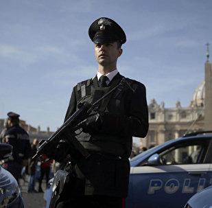 A polícia italiana intensificou seu trabalho de vigilância contra o terrorismo após os atentados em Paris.