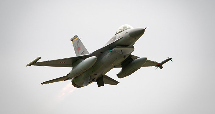 Caça F-16 turco