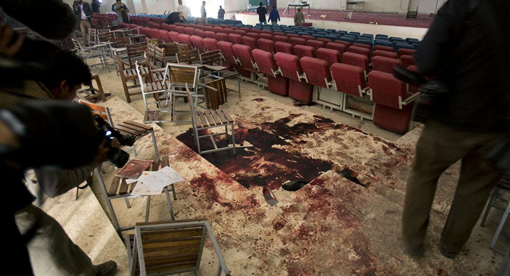 A escola em Peshawar ficou banhada de sangue após o ataque terrorista que matou 141 pessoas.