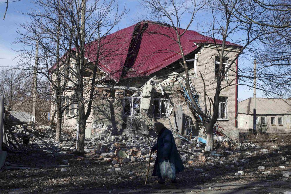 Prédio destruído em Debaltsevo
