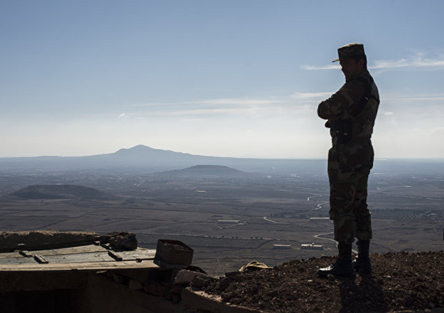 Um soldado do exército sírio na província de Kuneitra