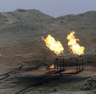 Uma refinaria na província de Khuzestan em novembro de 2007