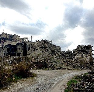 Ruínas na cidade síria de Homs