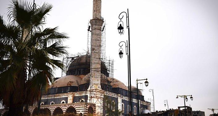 Mesquita que está reconstruida na cidade de Homs, Síria, 26 de janeiro de 2016