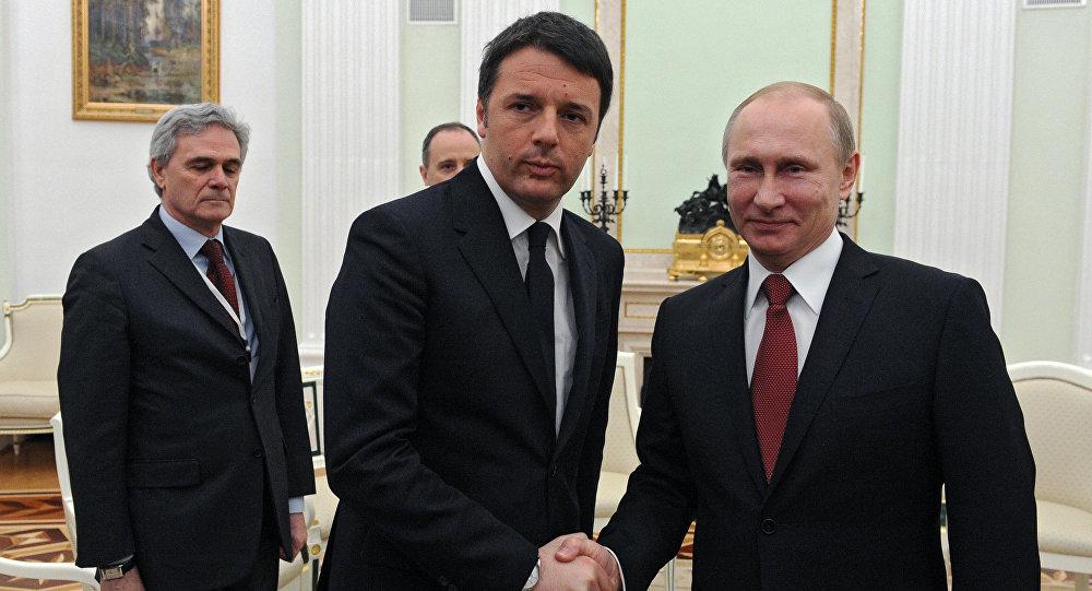 Vladimir Putin e Matteo Renzi em 5 de março em Moscou