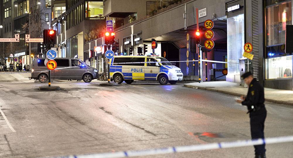 Polícia da Suécia cobre perímetro de segurança após explosão em shopping de Estocolmo (arquivo)