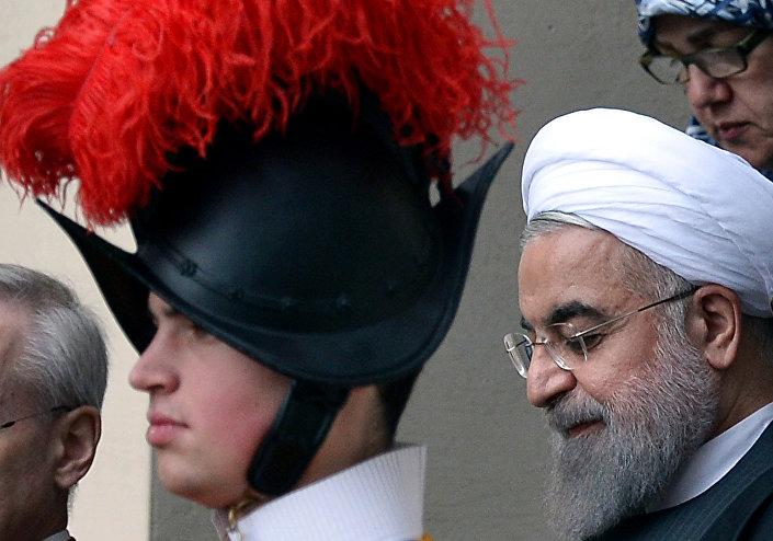 O presidente iraniano, Hassan Rohani, durante a sua visita ao Vaticano, em 26 de janeiro