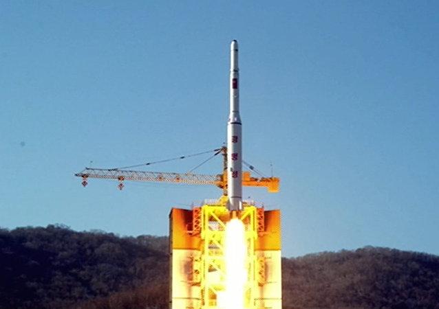 Coreia do Norte lança o satélite Kwangmyong 4