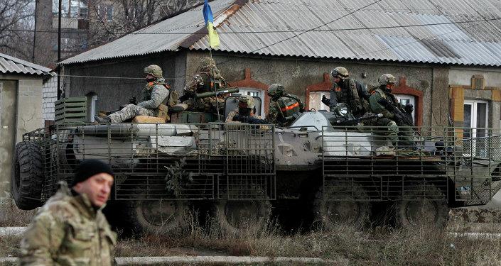Soldados do exército ucraniano - foto de arquivo