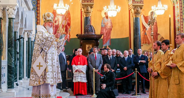 O patriarca ortodoxo russo Kirill celebra a Santa Missa na Catedral Metropolitana Ortodoxa