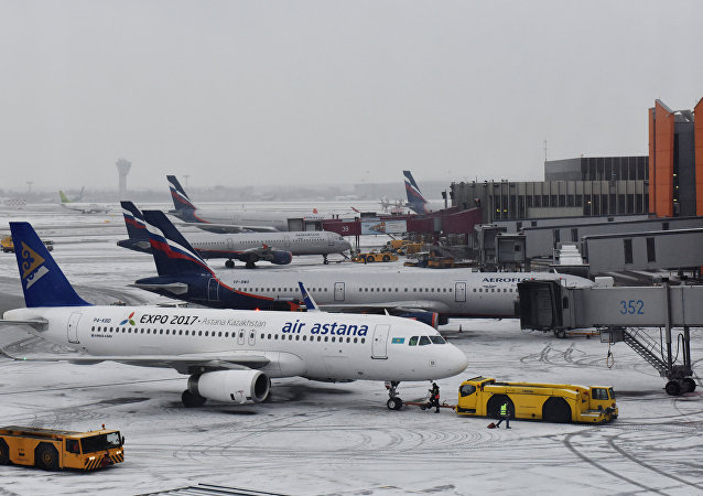 Aviões no aeroporto de Sheremetyevo, em finais de fevereiro de 2016