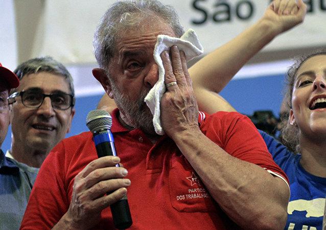 Luiz Inácio Lula da Silva, ex-presidente do Brasil, condenado a 9 anos e 6 meses de prisão (arquivo)