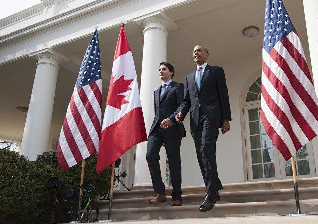O primeiro-ministro canadense, Justin Trudeau, em encontro com o presidente dos EUA, Barack Obama, na Casa Branca