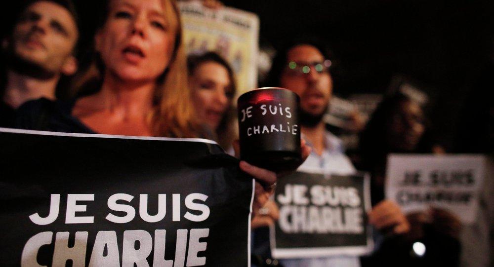 Vigília pelas vítimas do atentado do jornal satírico Charlie Hebdo