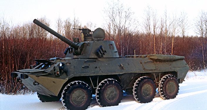 Sistema auto-propulsado de artilharia 2S23 Nona-SVK (foto de arquivo)