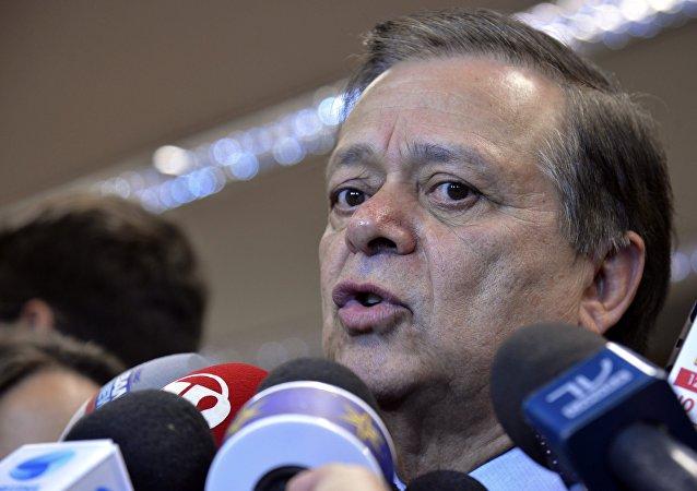Relator da comissão especial do impeachment, deputado Jovair Arantes (PTB-GO)