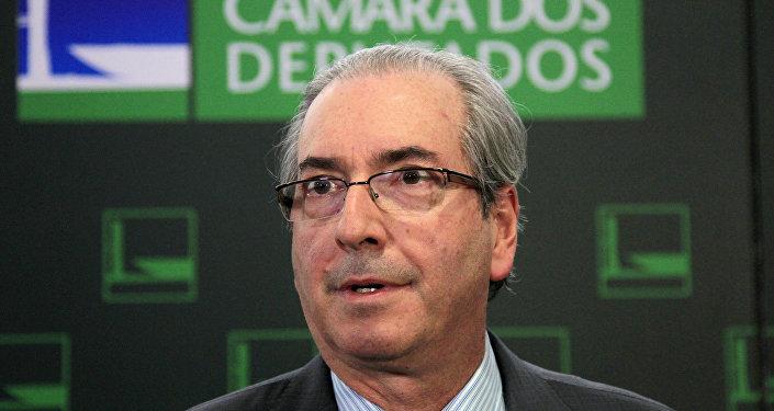 Presidente da Câmara dos Deputados, Eduardo Cunha, fala durante a entrevista coletiva no Congresso Nacional, Brasília, Brasil, 31 de março de 2016
