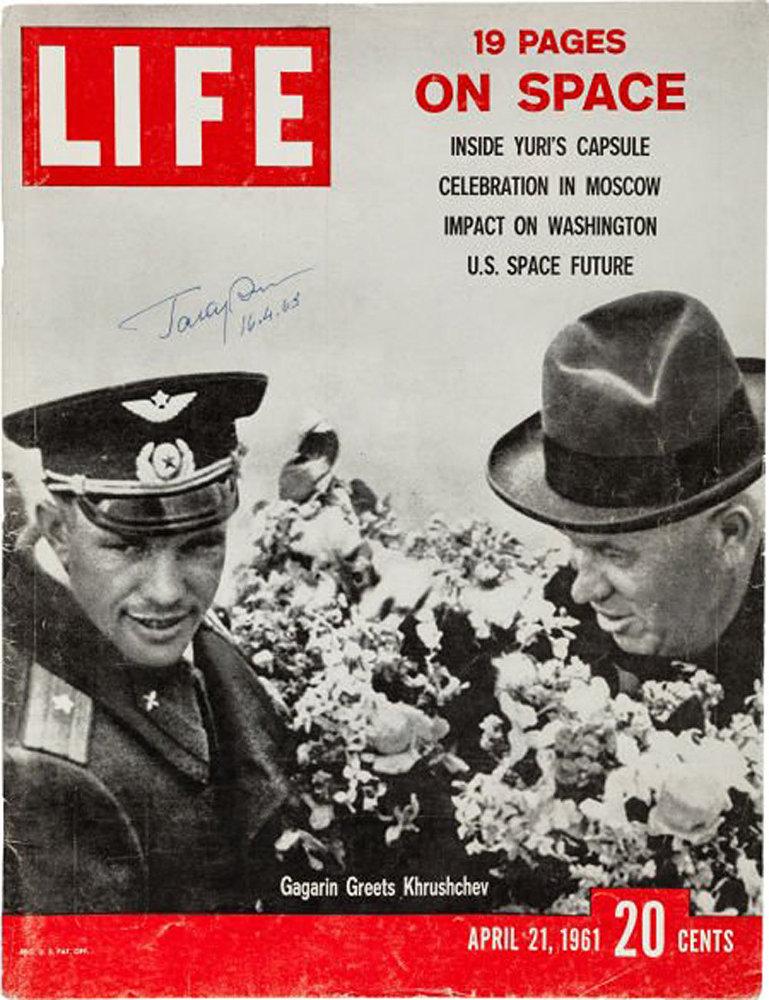 Revista Life, de 21 de abril de 1961, dedicada ao Gagarin