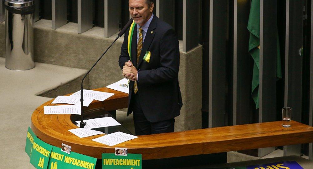 Afonso Hamm, deputado federal, em debate sobre o impeachment na Câmara dos Deputados