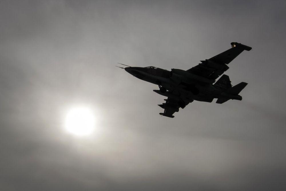 Caça Su-25