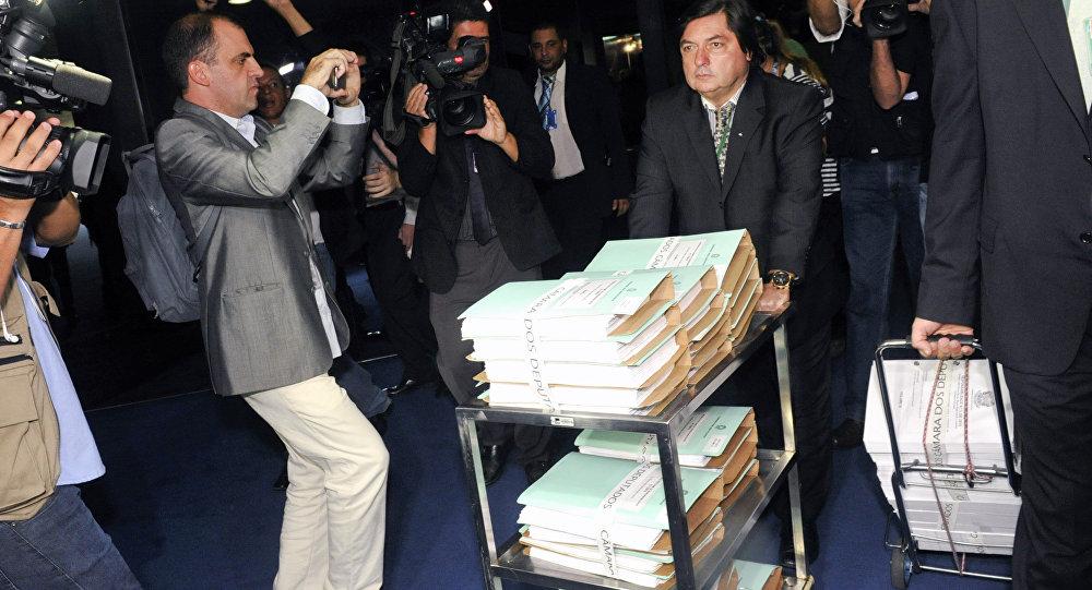 Documentação relativa ao processo de impeachment chega ao Senado Federal