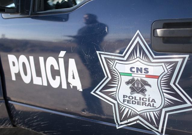 Carro policial mexicano
