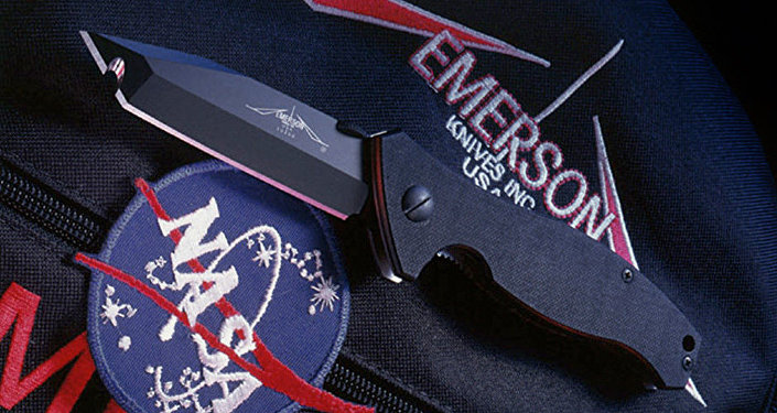 Faca Emerson Specwar usada por astronautas e cosmonautas