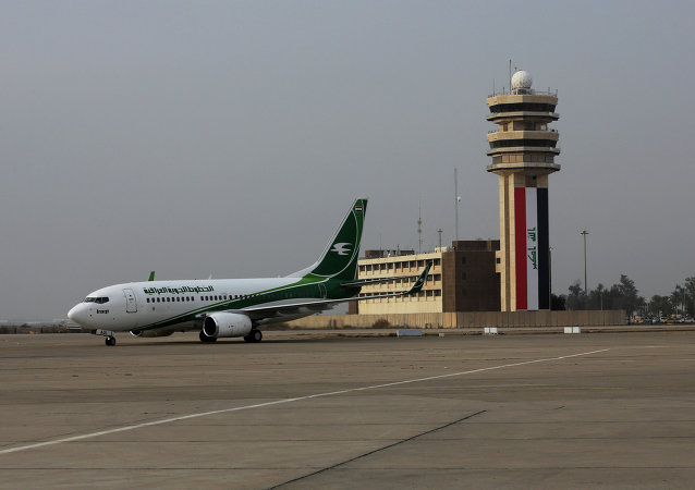 Avião da Iraqi Airways no aeroporto de Bagdá