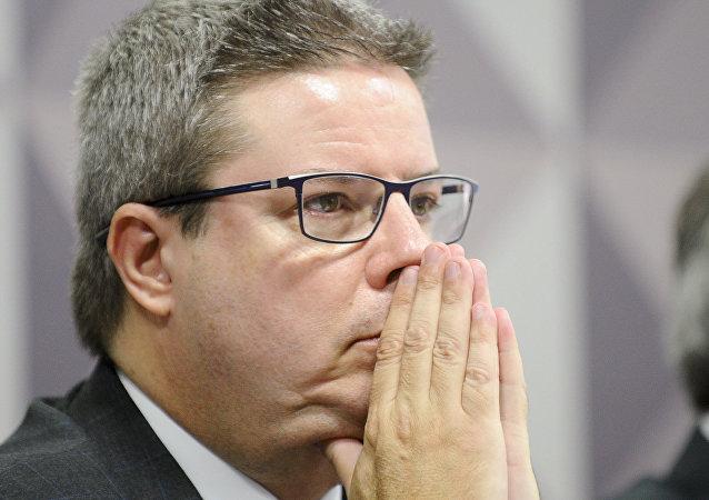 Senador Antonio Anastasia (PSDB-MG), relator do processo de impeachment na Comissão Especial do Senado