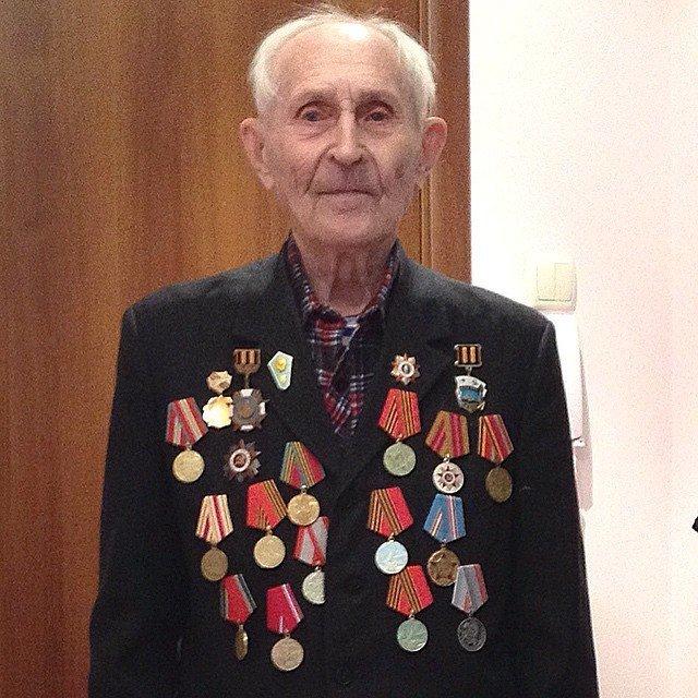 o veterano da Segunda Guerra Mundial Mikhail Lukianov
