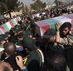 Caixões de soldados da Guarda Revolucionária Iraniana mortos na Síria