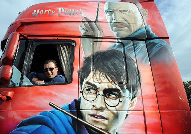 O Lord Voldemort e o seu inimigo principal Harry Potter